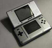 Nintendo DS - Metroid: Prime: Hunters: First Hunt [NA] Box Art
