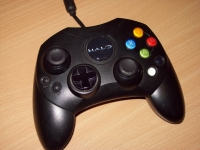 Xbox Controller S - Halo (Black) Box Art